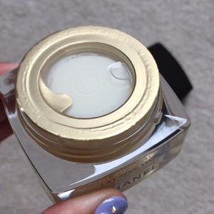 CHANEL Makeup - Chanel Sublimage La eye cream